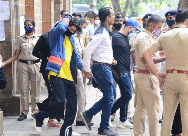 BREAKING: Mumbai Court rejects bail applications of Aryan Khan, Arbaaz Merchant, and Munmun Dhamecha in drug case : Bollywood News